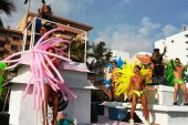 Desfile Lesbico Gay Mazatlan 2015