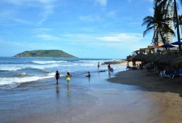 Inicia Playa en Regla en Mazatlán