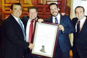 Reciben Mazatlecos Premios Canirac