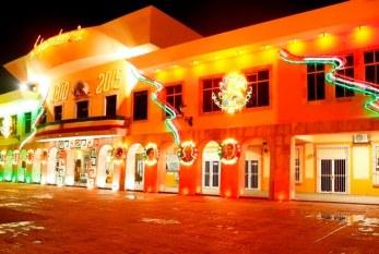Inauguran iluminacion Artistica del Palacio