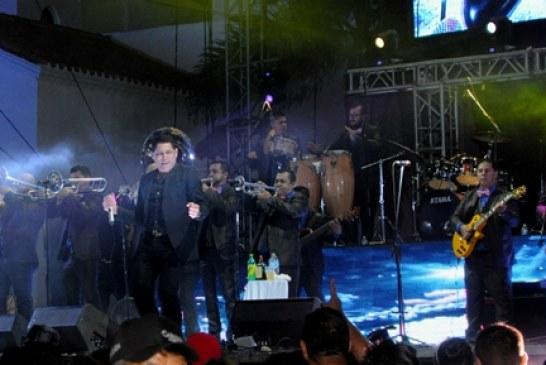 Dos leyendas de la banda cierran el Carnaval Internacional Mazatlán 2016