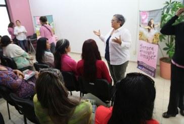 Imparten Conferencia sobre el Empoderamiento de las Mujeres