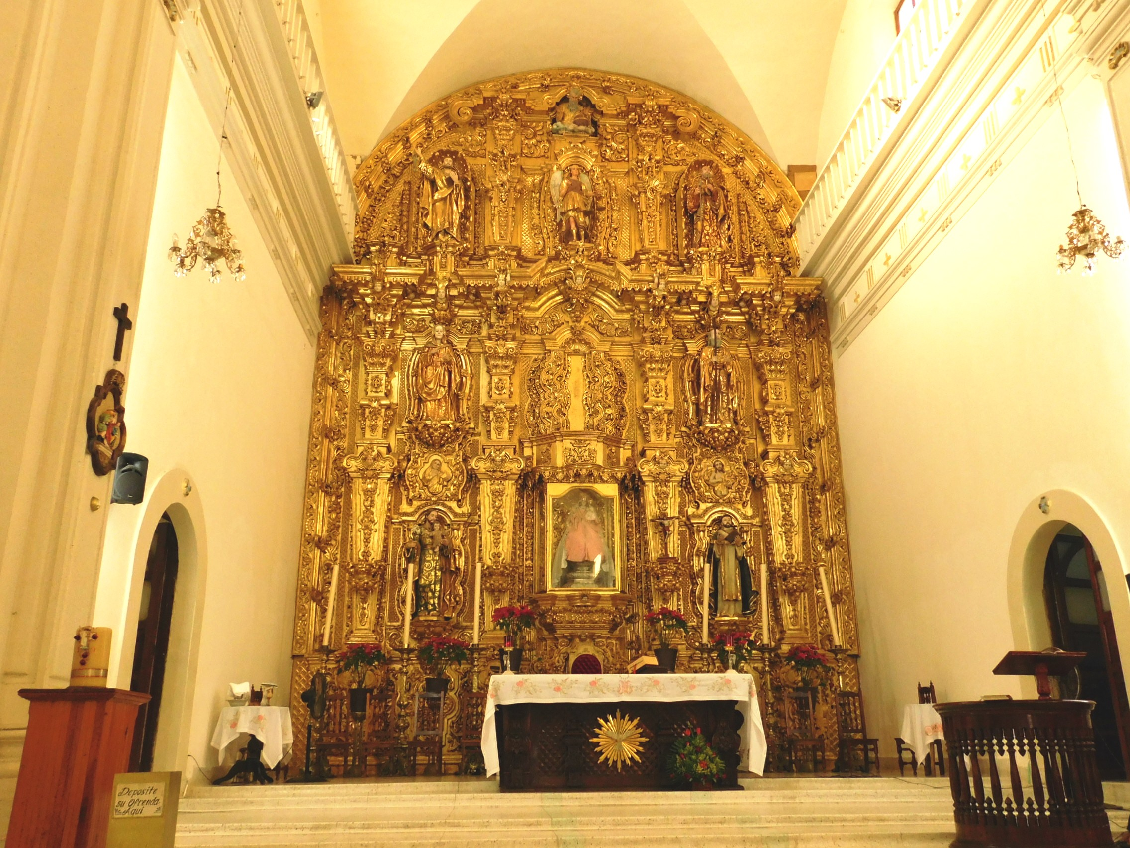 Retablo Bañado en Oro Iglesia del ROsario, Sinaloa