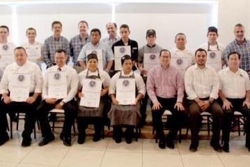"""Otorgan 11 distintivos """"H"""" a hoteles El Cid de Mazatlán"""