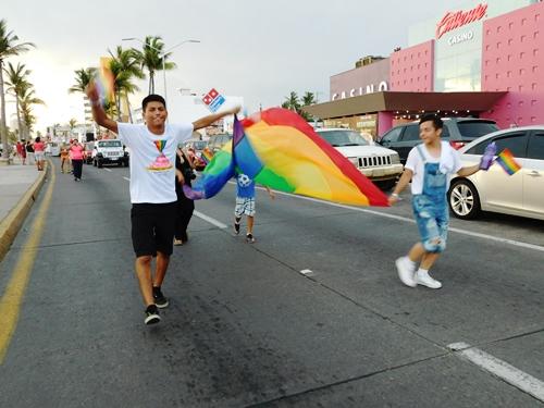 Octava Marcha Gay LGTB Mazatlán 2016