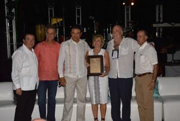 <center>En Puerta Fiesta Amigos de Mazatlán 2016 Grandes expectativas</center>