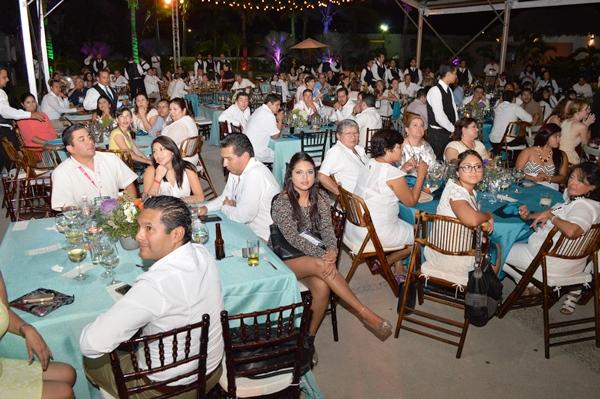 Fiesta Amigos de Mazatlán 2016 en Puerta