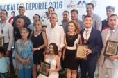 <center>Reconoce Ayuntamiento a cuatro Mazatlecos como Deportistas del Año y Entrenador 2016</center>