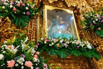 Miles de fieles rinden culto a la santísimavirgen del Rosario