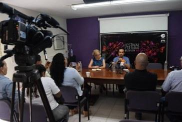 """""""El Venado y el Cuervo: un encuentro multicultural en Mazatlán"""""""