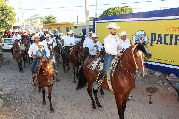 Así fue la cabalgata La Amistad en El Roble 2016