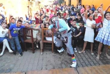 El Mesón de los Lauréanos: alegra el corazón de los niños quelitenes