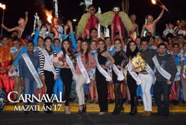 Fiesta carnavalera junto al mar