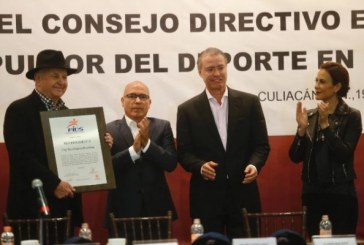 toma protesta nuevo Impulsor del Deporte de Sinaloa