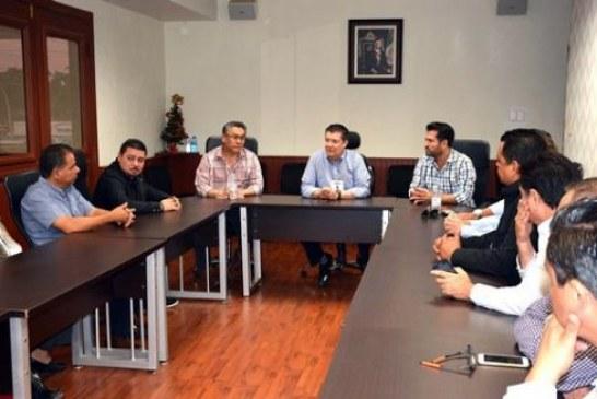 Se reúne el Alcalde Álvaro Ruelas con directivos de Canacintra