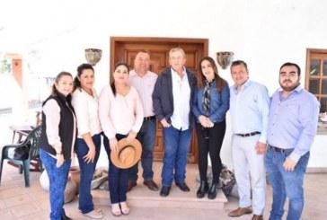 Visita Elota el Secretario de Turismo
