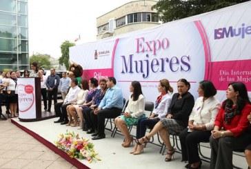 Impulsa SEDECO el desarrollo profesional y laboral de las mujeres