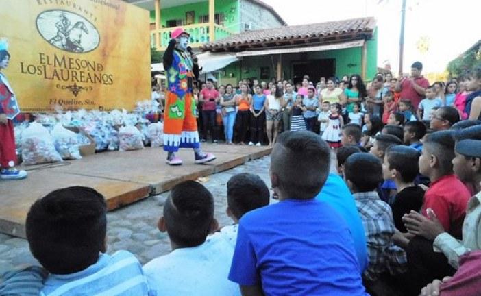 En El Quelite los Niños reciben cariño y alegría en su Festejo 2017