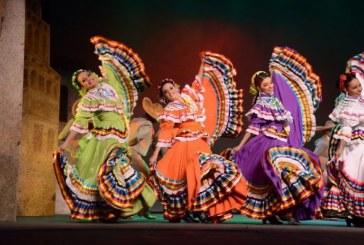 """Inician los """"M Artes"""" de Cultura en la Plazuela República"""
