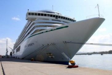 Arribó el Crucero Turístico Crystal Serenity a Mazatlán