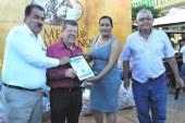 <center>Marcos  Osuna Tirado recibe el reconocimiento:  Persona Turísticamente Responsable (TR) de Mazatlán Interactivo</center>