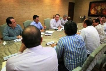 <center>El Gobierno de Sinaloa Fortalece al Sector Comercio</center>