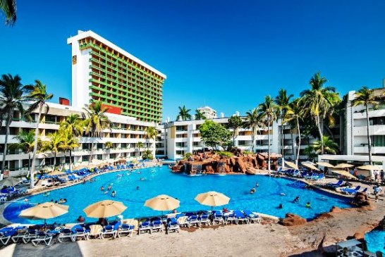 """<center>Buenas Noticias: El Cid Resorts """"un referente en la industria turística de México""""</center>"""