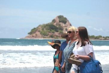 <center>La Isla de la Piedra una aventura imperdible</center>