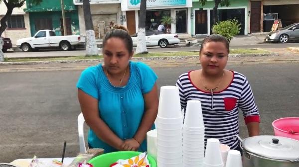 Carla y Sugey de las Gorditas de Mazatlán 2017 Gorditas a
