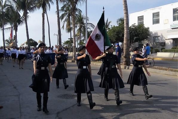 Desfile 201 de Noviembre 2017 Mazatlán (15)
