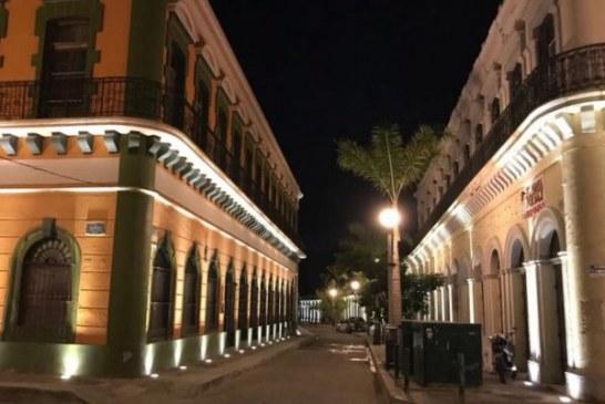 <center>Van por ordenar la circulación del transporte en el Centro Histórico de Mazatlán</center>