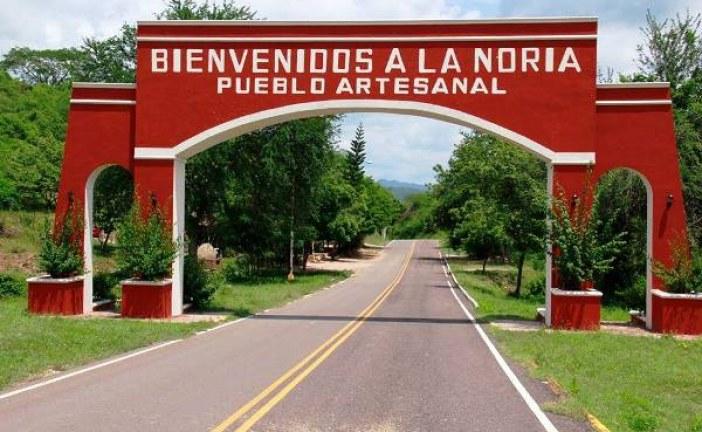 <center>La Noria en la ruta de las Vinatas</center>