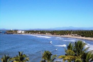 <center>Playas Barras de Piaxtla contarán con carretera pavimentada total<center>