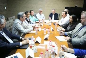 <center>Gobierno de Sinaloa y Consulado Estadounidense: Acercamiento</center>