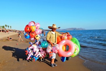 <center>El Maviri en Ahome es: Playa Limpia y Playa de Conservación</center>