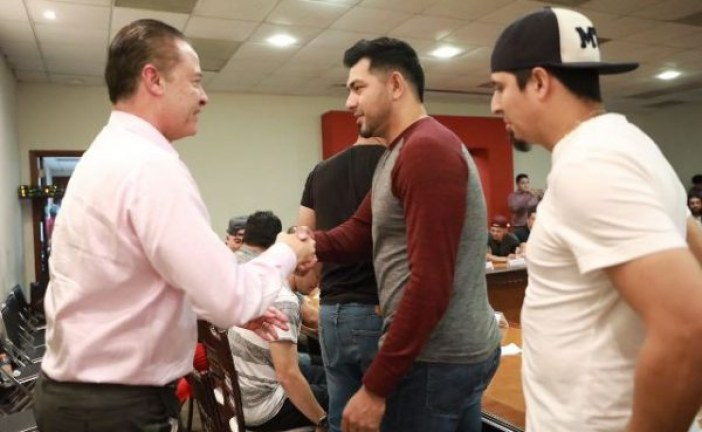 Recibe Quirino Ordaz a los Campeones de la LMP