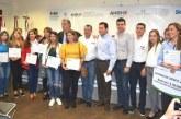 <center>Jóvenes de Ahome reciben apoyos crediticios</center>