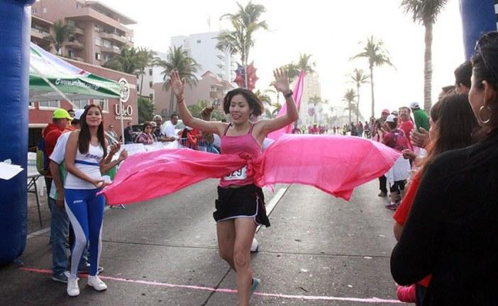 <center>La Sexta Edición de la Carrera Rosa: en Mazatlán</center>