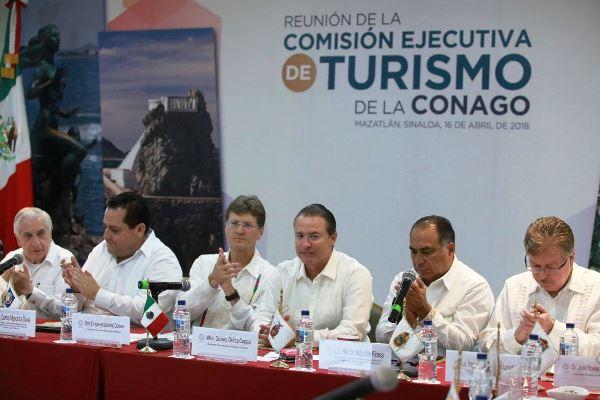 <center>Conago se reúne en el marco del Tianguis Turístico de México 2018</center>