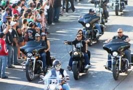 <center>Más de 20 mil Motociclistas en el Tradicional Desfile de Motos 2018</center>