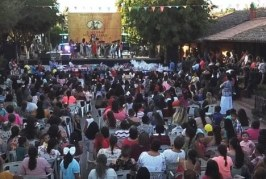 <center>A lo Grande celebran a las Mamás y los Niños en El Quelite</center>