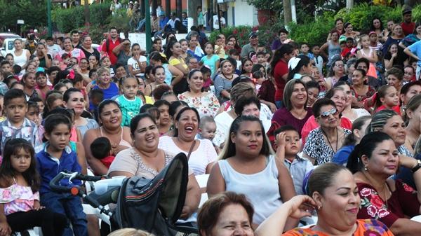 Festejo Día Madres y Niños El Quelite Dron 4
