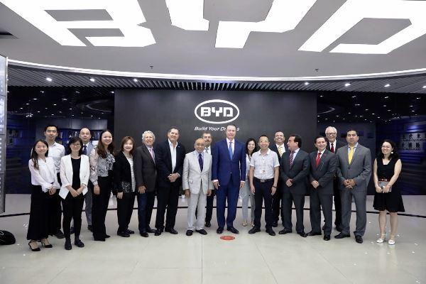 Visita Delegación Sinaloense a lso Gigantes Chinos BYD, Huawei y Dongguan 3