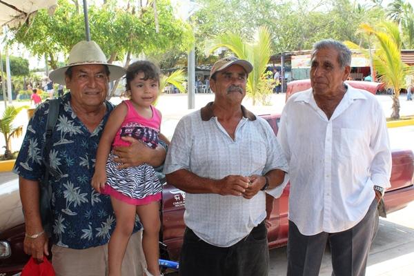 Abuelos Pescadores de Teacapán (1)