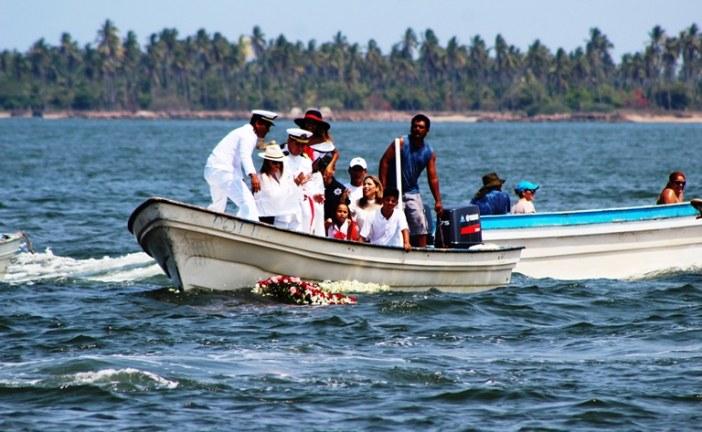 <center>Celebran el Tradicional Día del Marino en Teacapán</center>