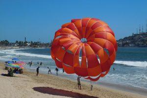 Aùn es Tiempo Verano Mazatlàn 2018 Parachute Paracaidas