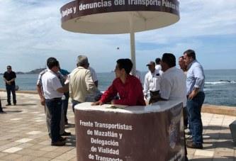 <center>Instalan módulos para orientar a los turistas y locales sobre el transporte local</center>