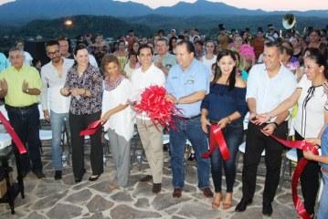 <center>Inauguran Parador Fotográfico en San Ignacio de Loyola y Lanzan Vídeo Promocional</center>