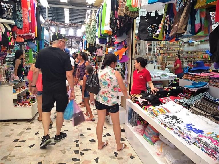 Mercado Municipal Pino Suárez Mazatlán Zona Trópico Verano 2018 Turistas