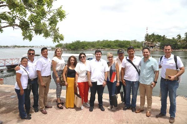 Buscan elevar la calidad de los servicios en la Isla de la Piedra 3